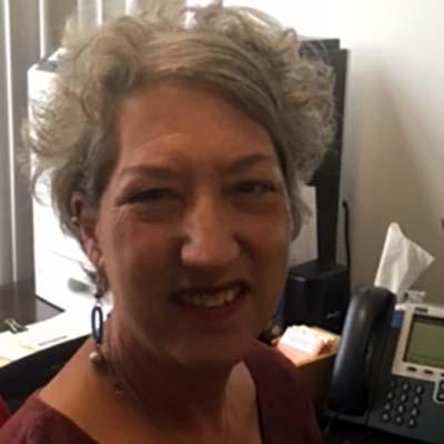 AALL member Karen Lasnick